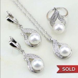 COPY - Very Beautiful Jewelry Set.